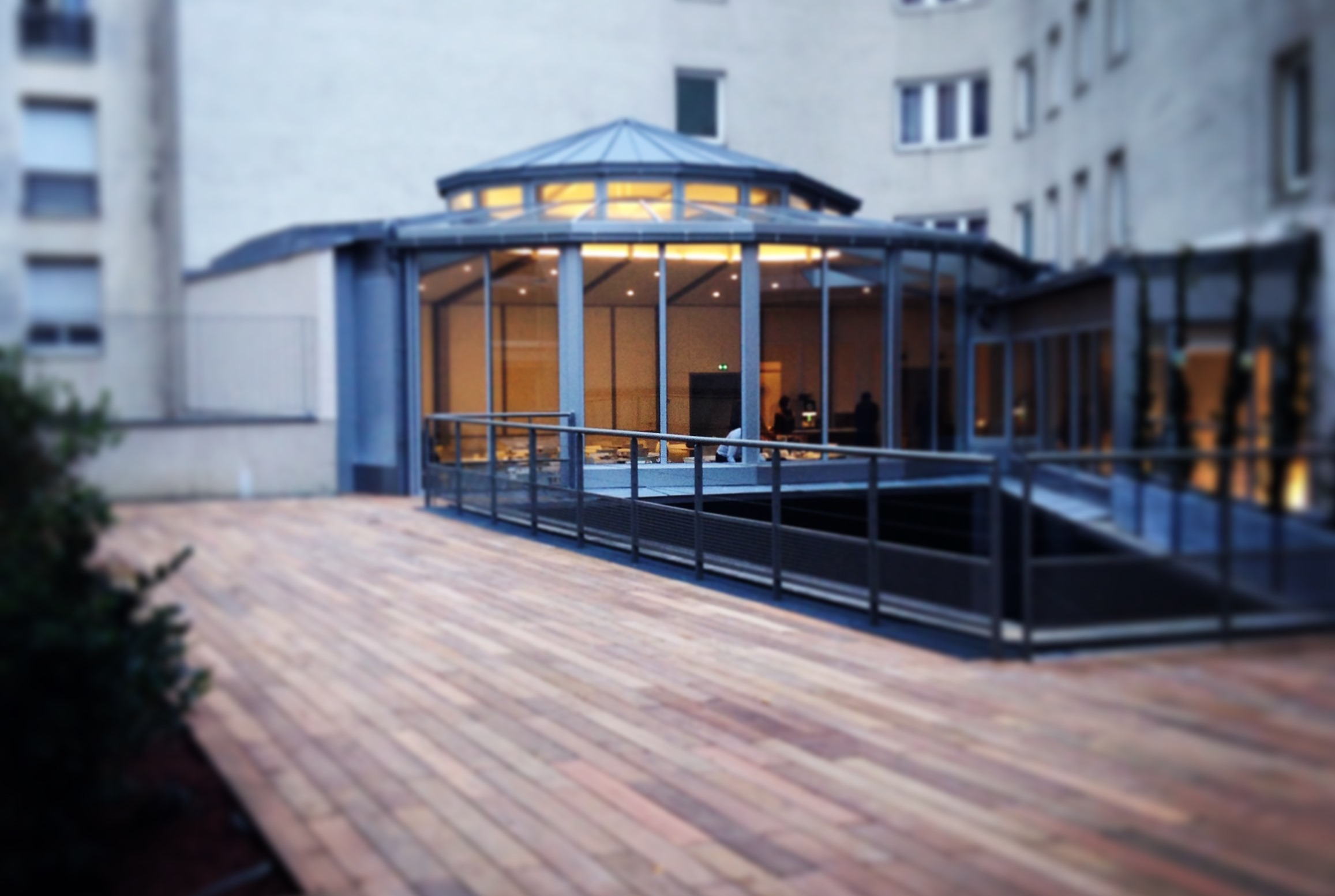 Salle holiday inn paris porte de clichy seminairederniereminute - Porte de clichy restaurant ...
